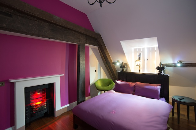 Safestay York Private Room with Fireplace