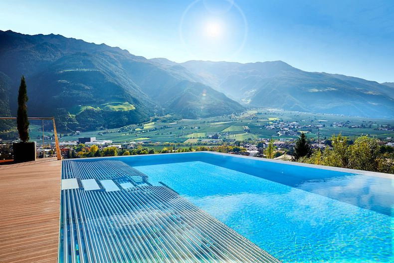 Preidlhof Hotel & Spa, Rooftop Spa Tower Infinity Pool