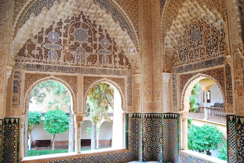 Alhambra-Palace-By-Fiona-Dunlop-Toma & Coe Secret Food tour